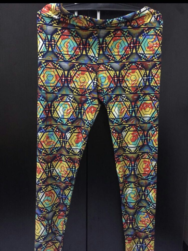 Celana Legging Zumba Fitness Aerobik Yoga Women S Fashion Women S Clothes Bottoms On Carousell