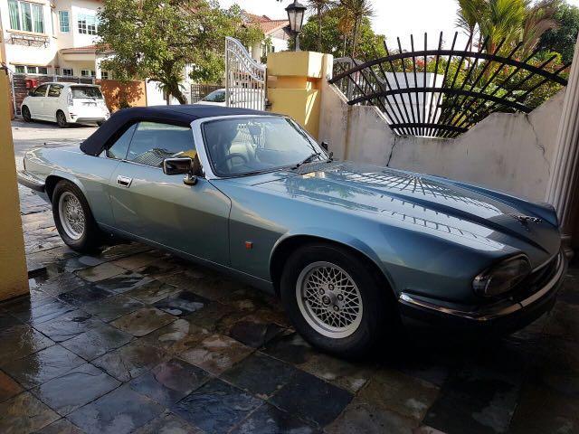 Collectible Vintage Classic 1992 Jaguar XJS 4.0i Sport Convertible