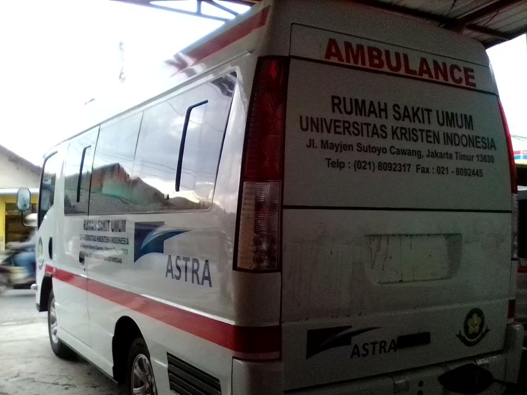 Mobil ambulance Transport ISUZU Elf