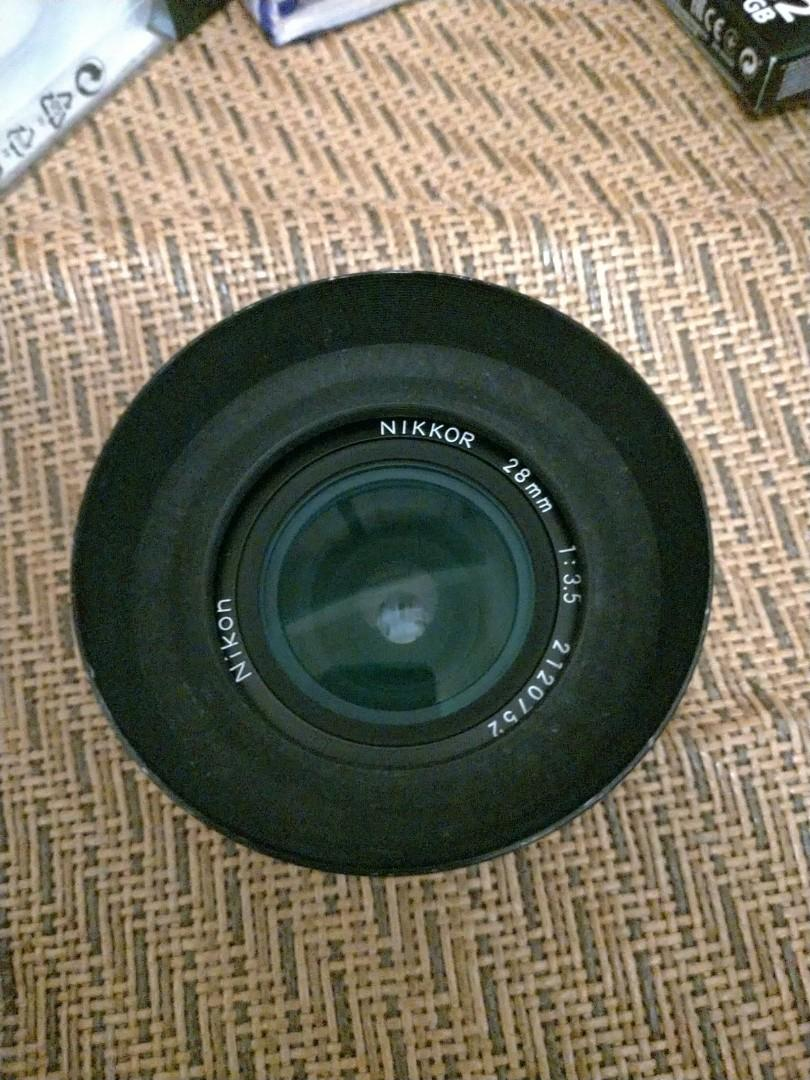 Nikon  28mm f3.5 AiS