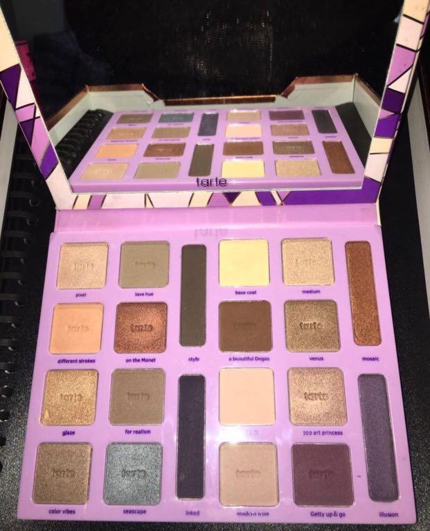Tarte authentic holiday collection palette limited edition!
