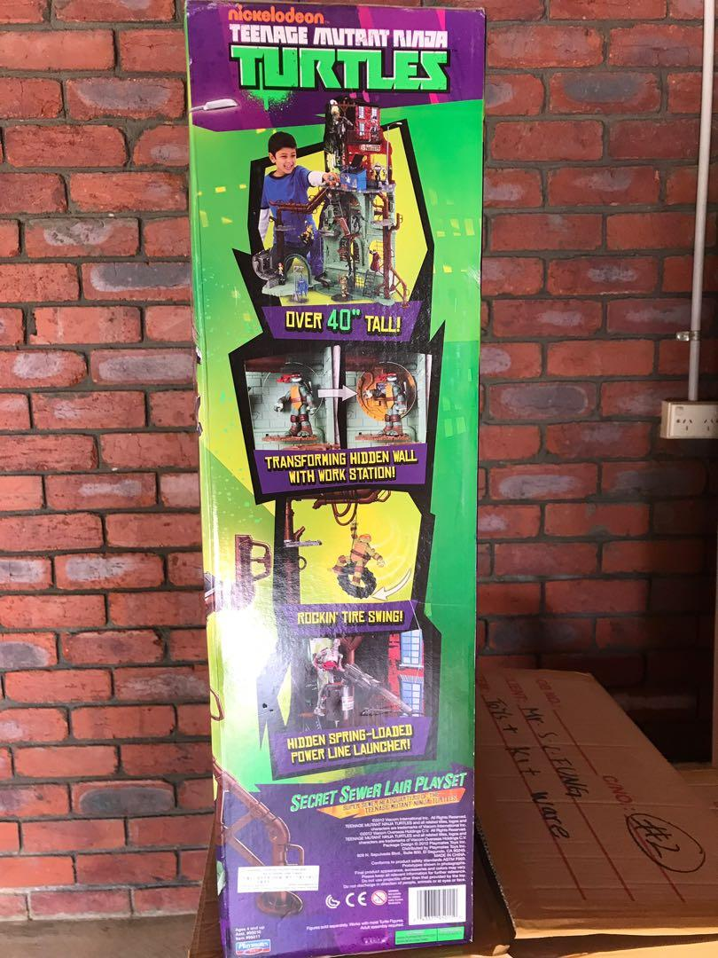 Teenage Mutant Ninja Turtles Secret Sewer Lair Playset