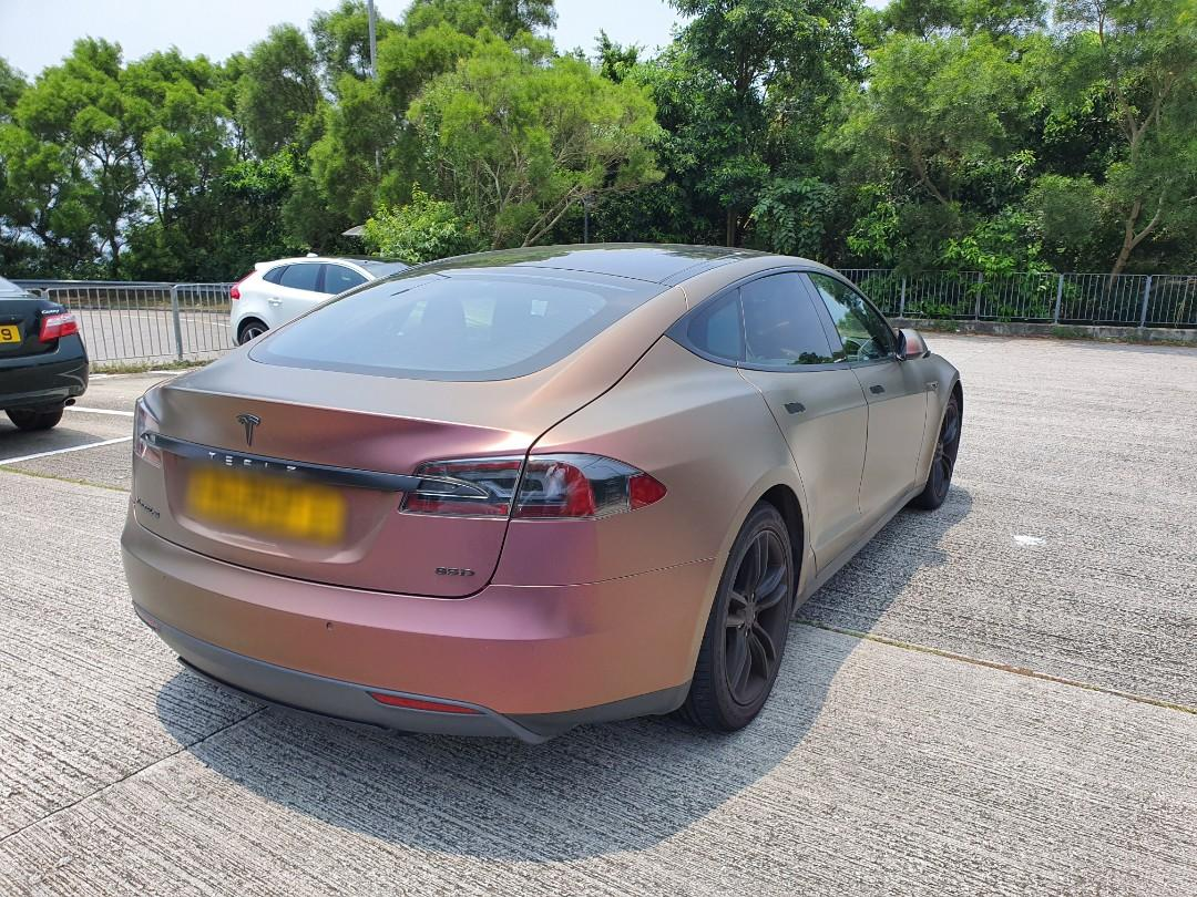 TESLA MODEL S 85D under full warranty