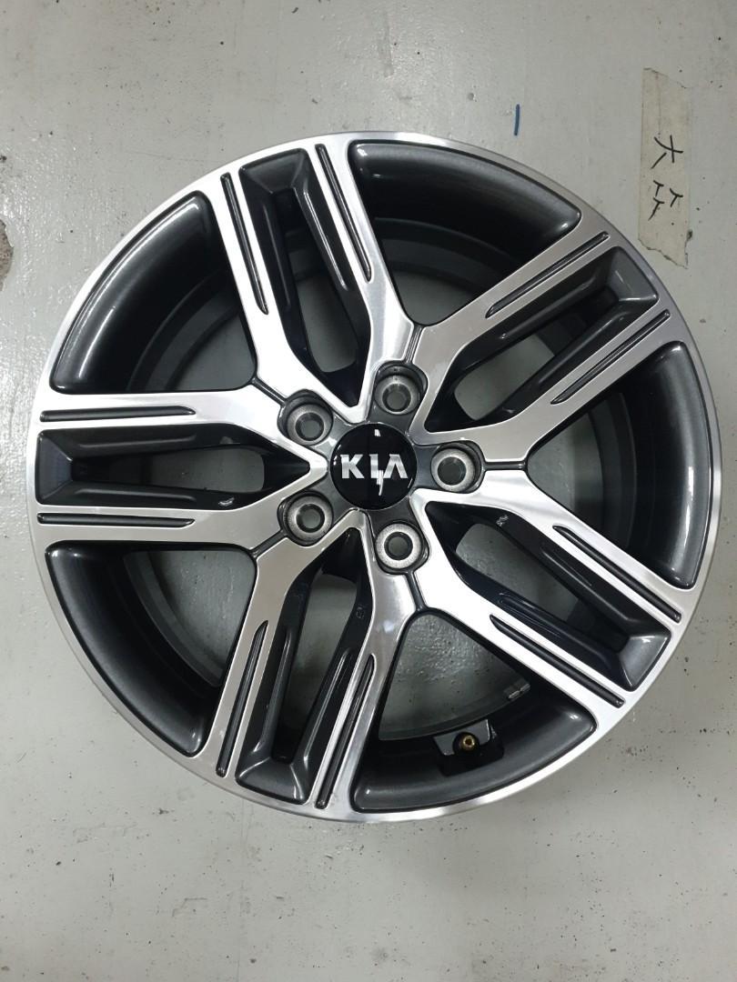 Used Kia 7x17 5/1143 rims