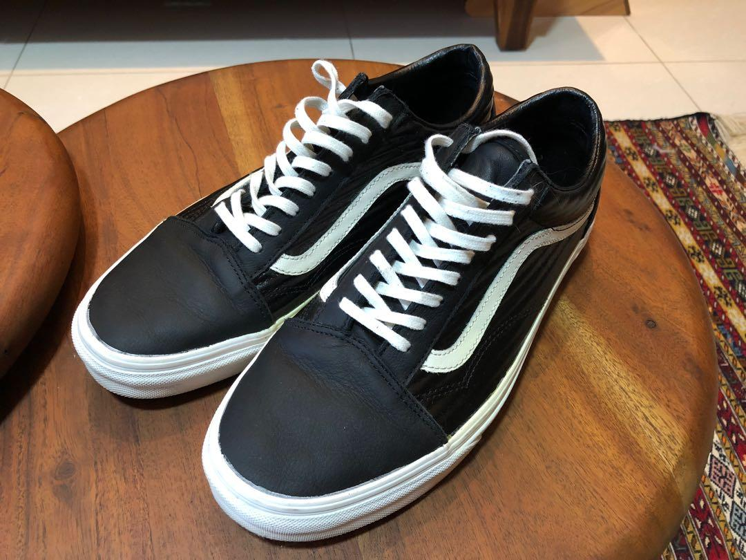 authentic quality luxury fashion diversified latest designs Vans Old Skool Low size 10.5 US, Men's Fashion, Footwear ...