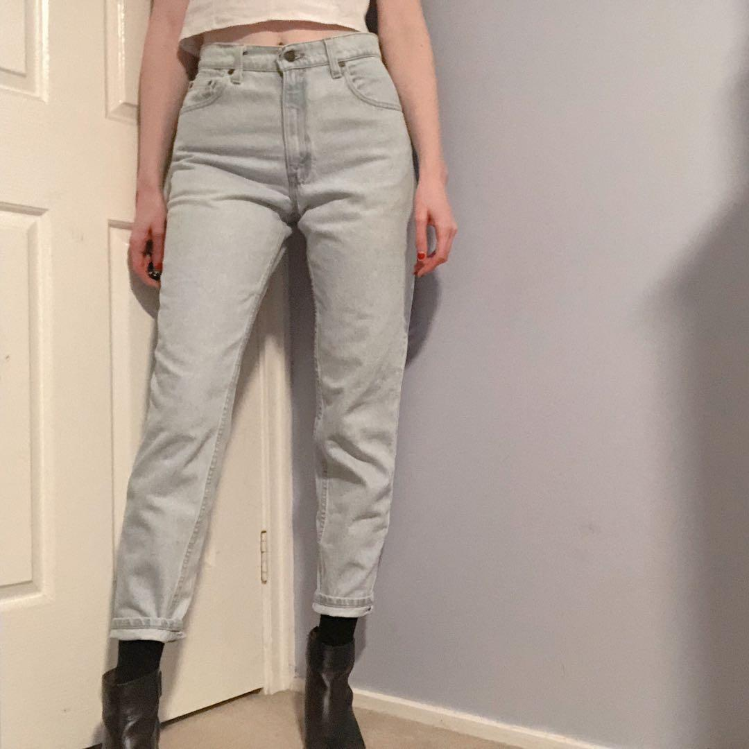 Vintage RARE Levi's ice light wash high waisted denim jeans