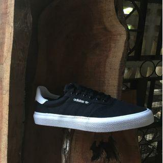Adidas Skateboarding 3MC Black White