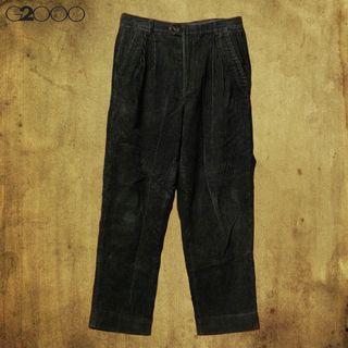【不藏私】G2000 墨綠燈芯絨繭形褲