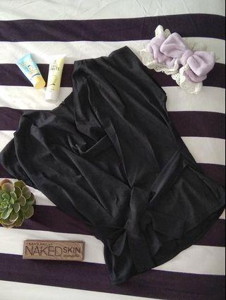 Atasan hitam formal