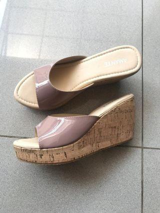 Amante Nude Wedges