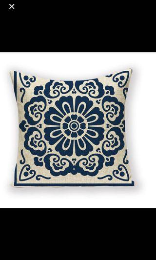 4 cushion Cover / pillow case (2 for each design)
