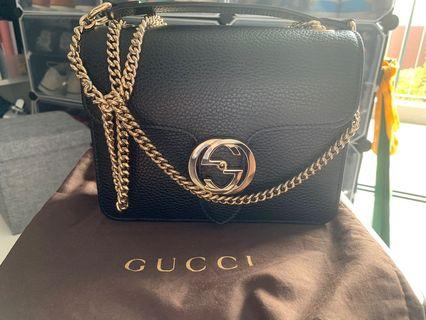 Women's Gucci handbag, small size