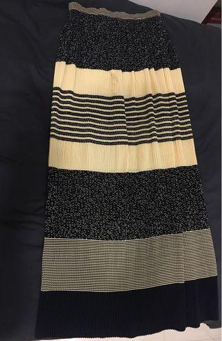 鵝黃、民族風長裙