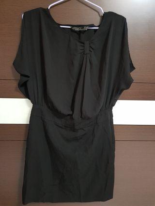造型小洋裝