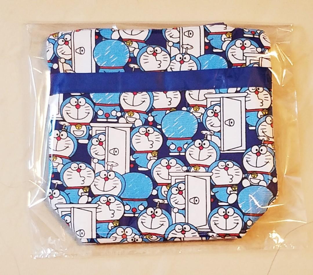 全新  Doraemon 多啦A夢 叮噹 !  雙層 厚帆布 耐用 布袋 手挽袋 食物袋 手提袋 午餐食物袋 飯盒餐袋 零食收納袋 拉鍊款 $ 59.  (包郵)