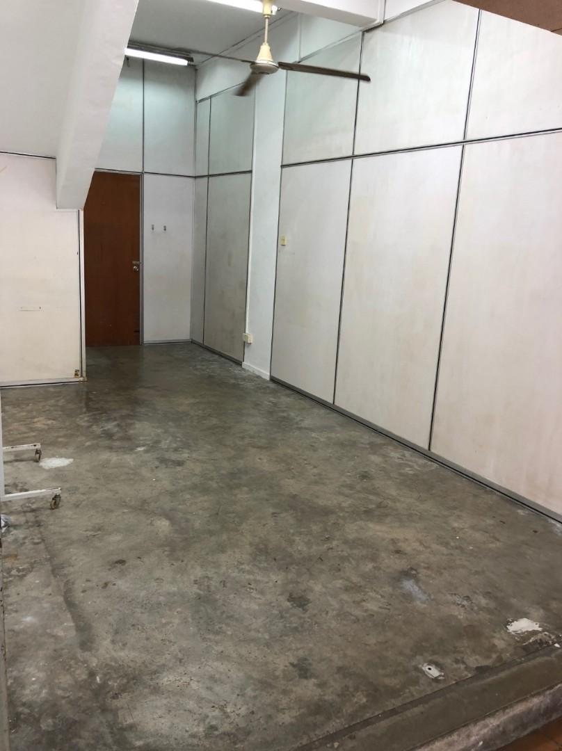 Blk 292 Yishun Half Shop For Rent! St 22