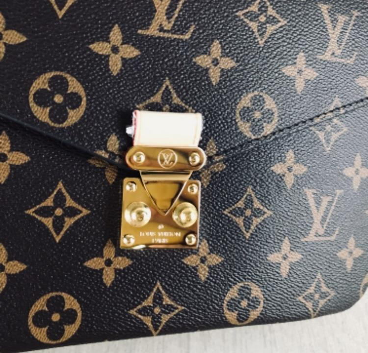 Louis Vuitton Monogram Canvas Pochette Metis Cross Body Handbag