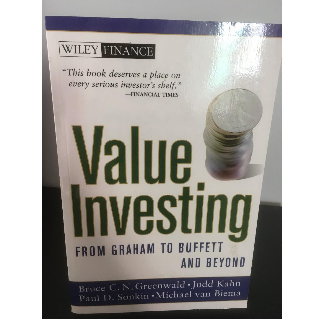 Value Investing: From Graham to Buffett and Beyond -  Paperback