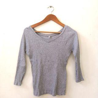 Uniqlo Ribbed Grey Top (M)