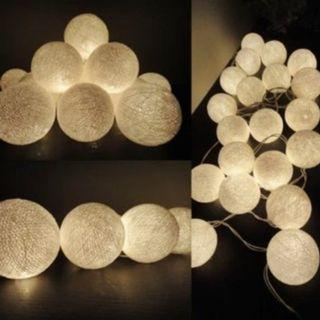 4 Meter 40 Cotton Balls Battery Operated - Warm White