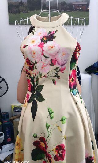 Sweet flattering dress