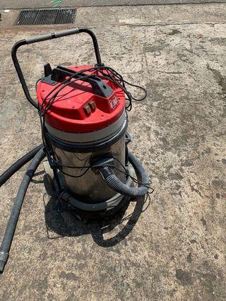 Klenco commercial vacuum