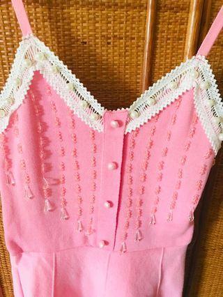 粉色針織洋