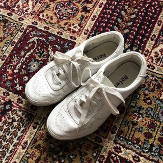 Hotwind sneakers