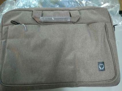 全新米色筆電包(14吋)