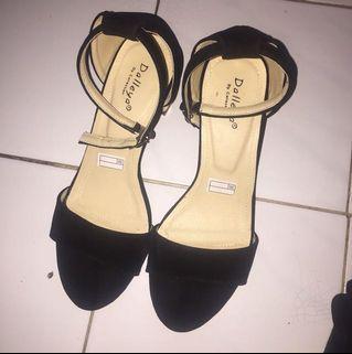 Sepatu sendal wanita heel hak tahu