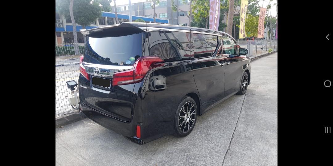 2019 Toyota  Alphard 2.5 S