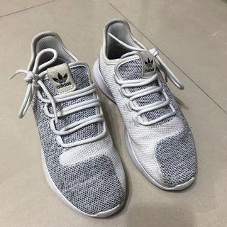 二手愛迪達adidas tubular shadow 350 22號女鞋