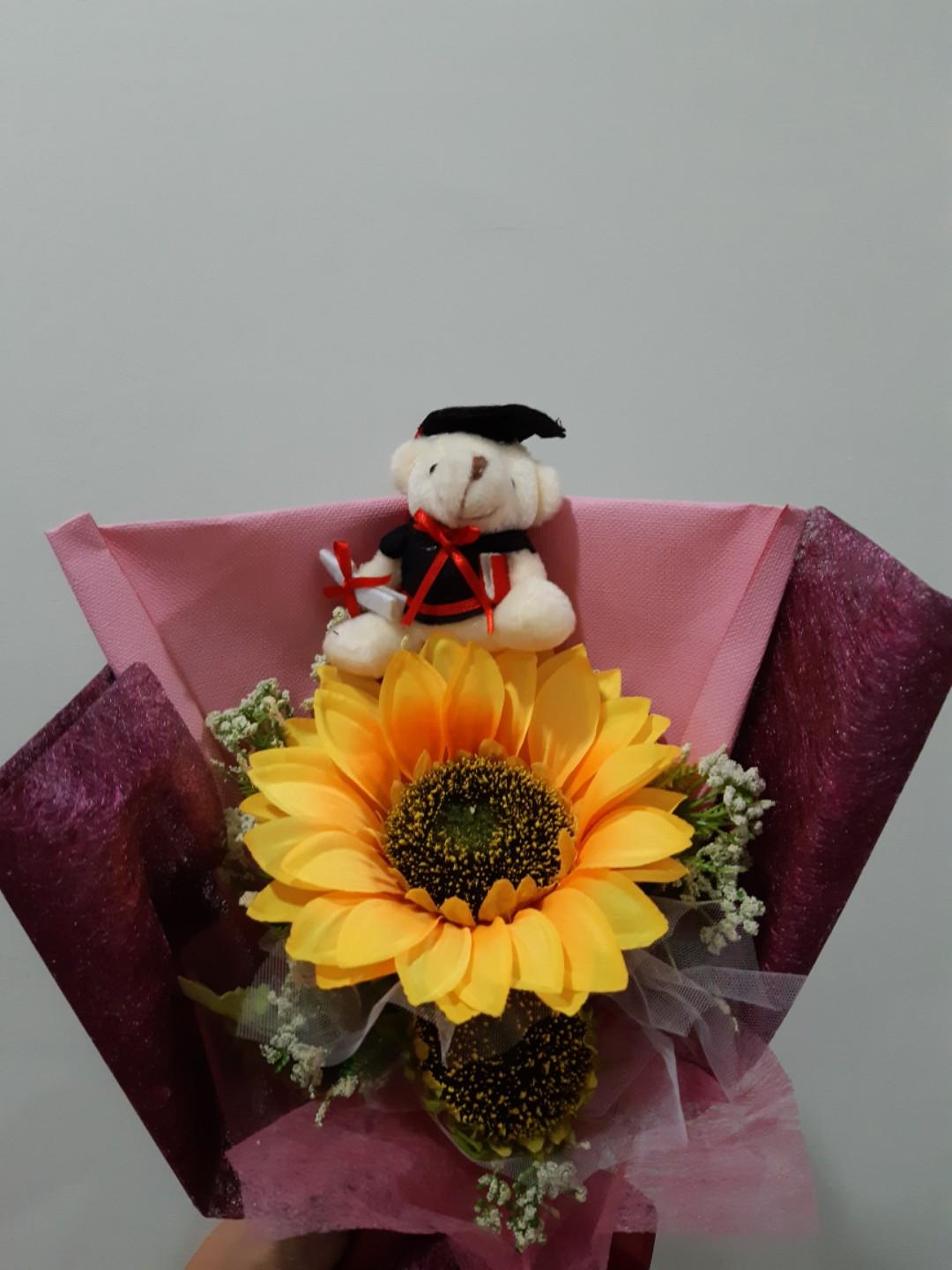 Bear Graduation bouquet with forever flower