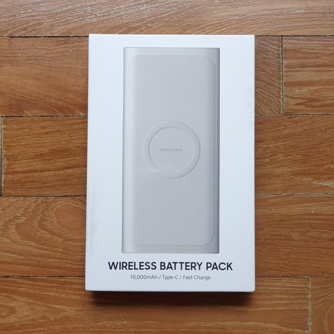 BNIB Samsung 10,000mAh Wireless Battery Pack