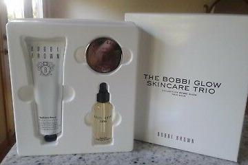 BOBBI BROWN The Bobbi Glow Skincare Trio Set. BNIB