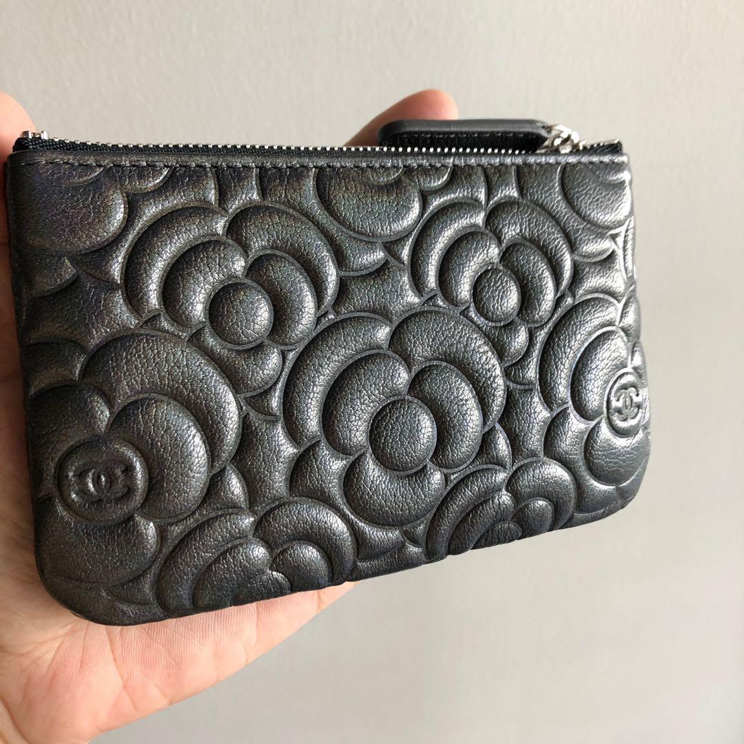 Chanel Camelia Mini O Case 🌟