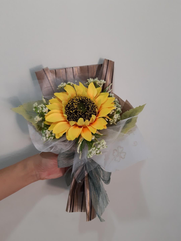 FREE SHIPPING Graduation Bouquet - Artificial Flower