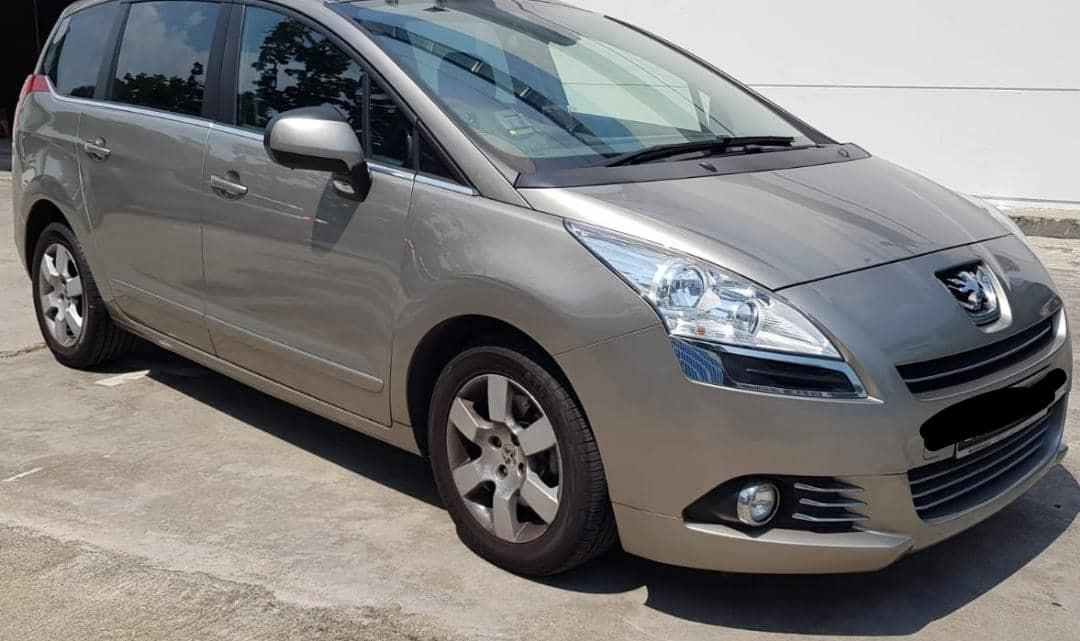 Peugeot 5008 1.6 Turbo Panoramic roof Selling at RM10,500