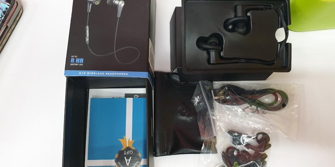 Soundpeats Q12 Bluetooth Earphones