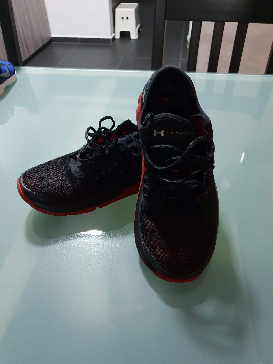 Under Armour youth shoe, Men's Fashion