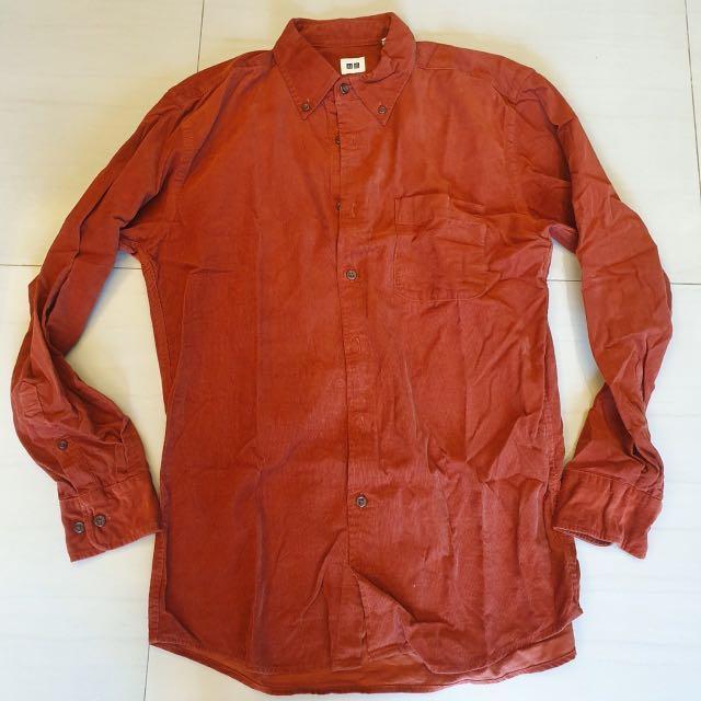 UNIQLO 磚紅色絨質襯衫