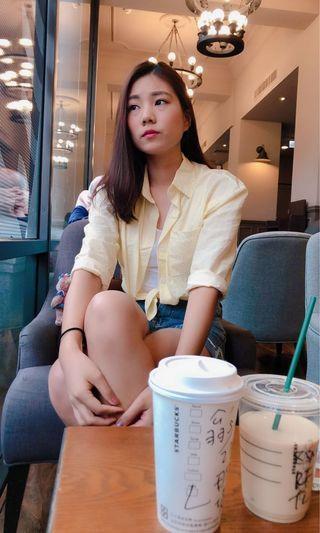 黃線條襯衫