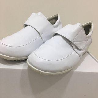 舒士康 護士鞋