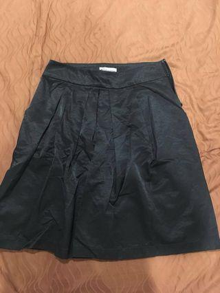 Cultivation-Black Skirt