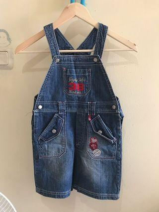 Overall jeans kids size 5 #LalamoveCarousell #HBDCarousell