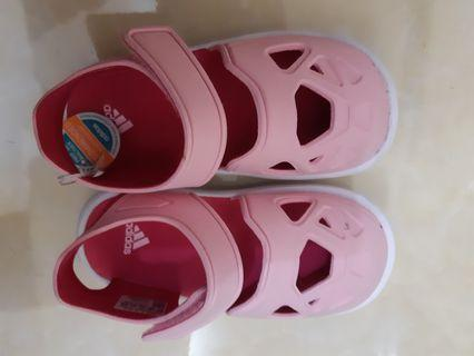 REPEICE!!!!Adidas shoes original new