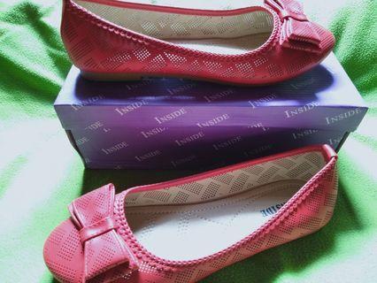 Flat shoes Inside