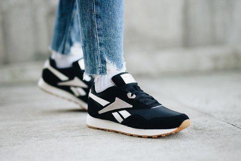 reebook CN7504 女休閒鞋 25.0