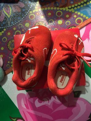 Sepatu puma baby