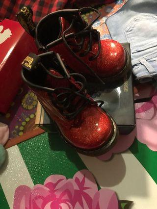 Dr martens baby shoes
